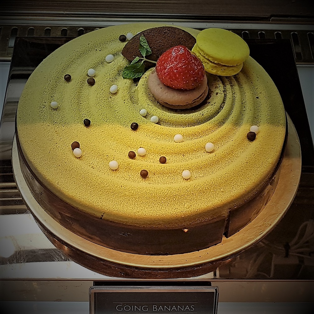 Chateau Blanc - Cakes - Going Bananas