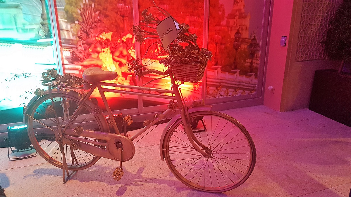 Paul depuis 1889 - The Dubai Mall Re-Opening - Bicycle