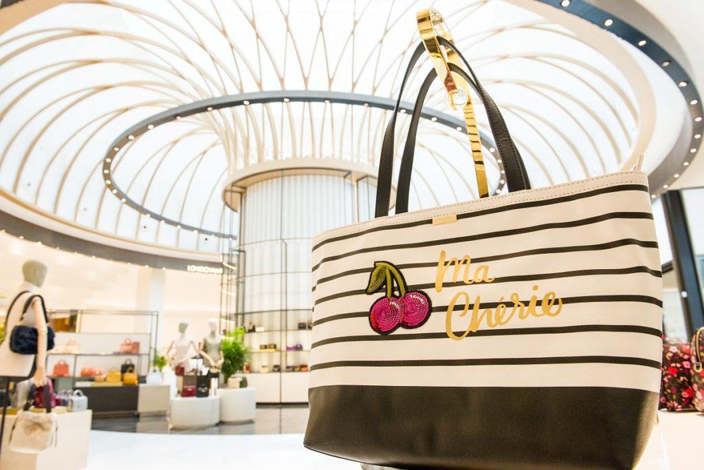 Robinsons - Salon de Mode et d'Accessoires - Le plus grand magasin pour femmes de la région