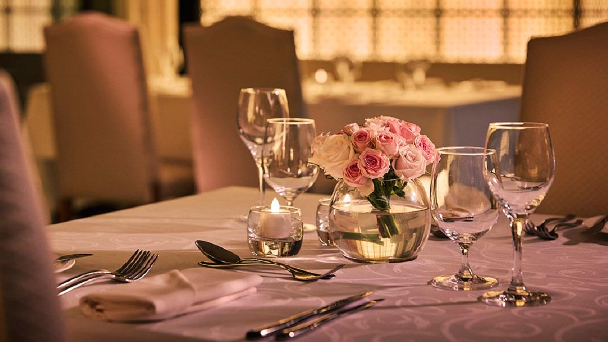 Célébrez la Saint-Valentin au Meydan Hotel - Restaurant Farriers