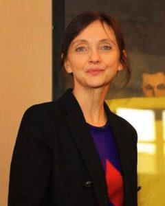 Isabelle Cahn - Commissaire de l'exposition Affinités Japonaises