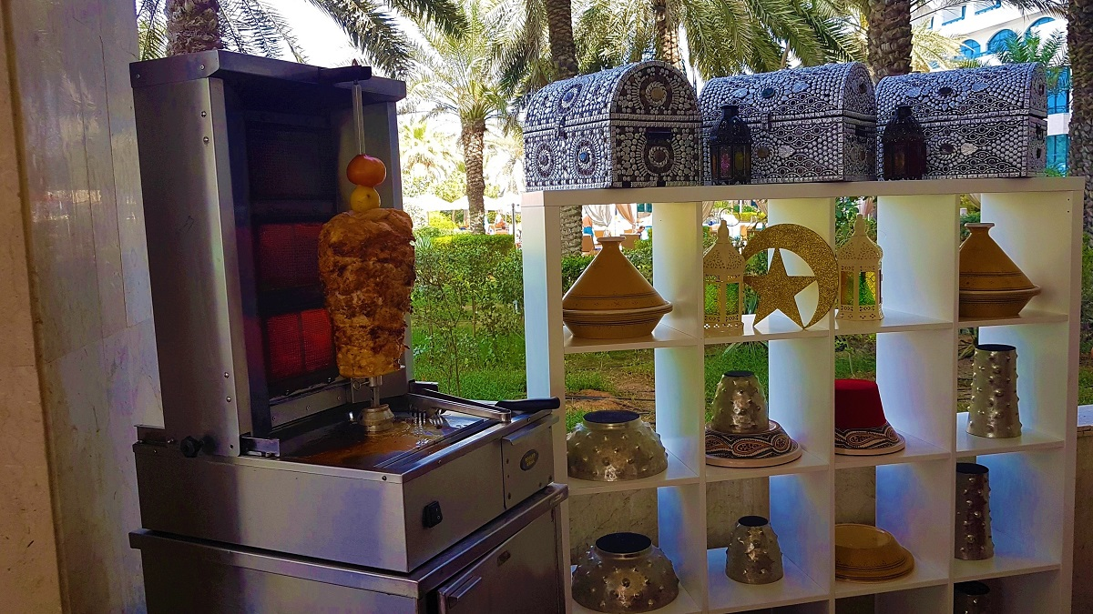 Ajman Hotel - Friday Garden Brunch - BBQ & Live Cooking