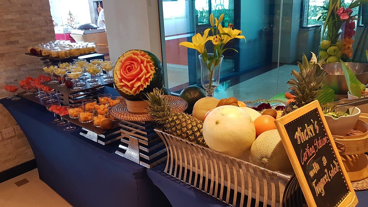 Ajman Hotel - Micky's Fruits Station (03)