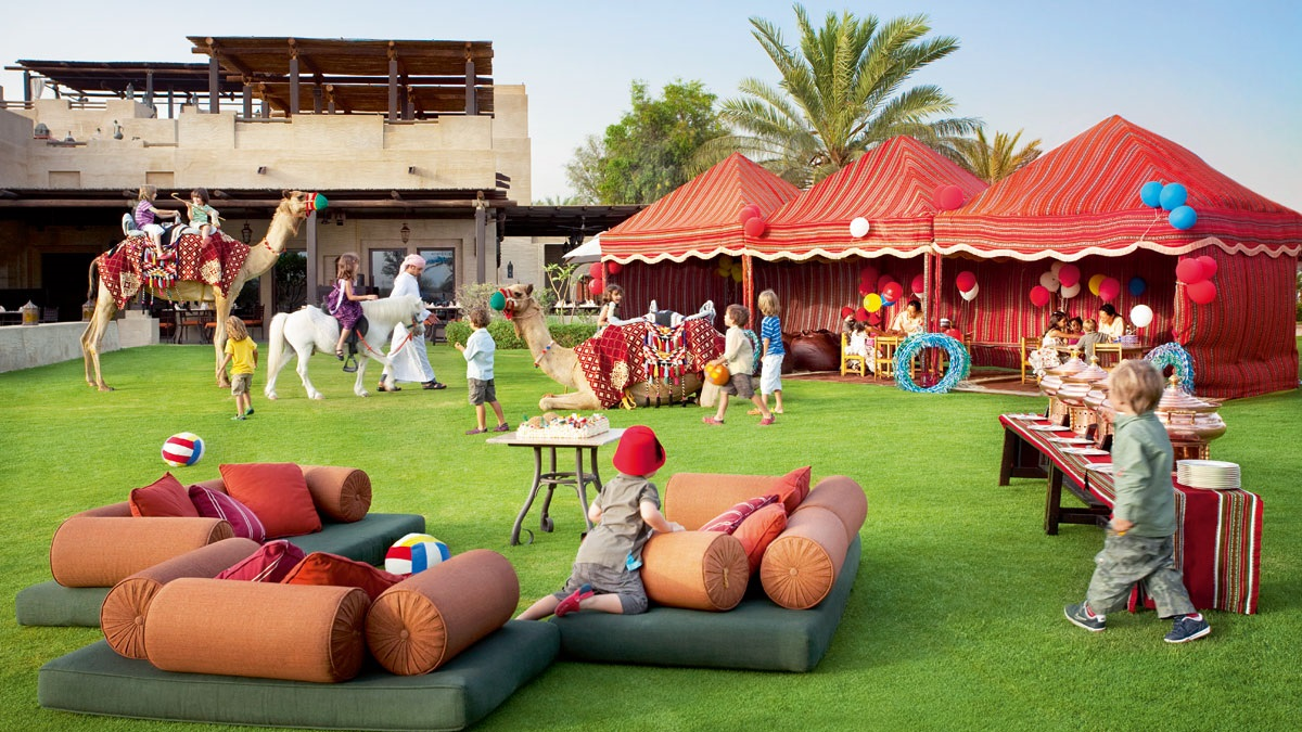 Friday Farmers Brunch - Activties - Bab Al Shams (01)