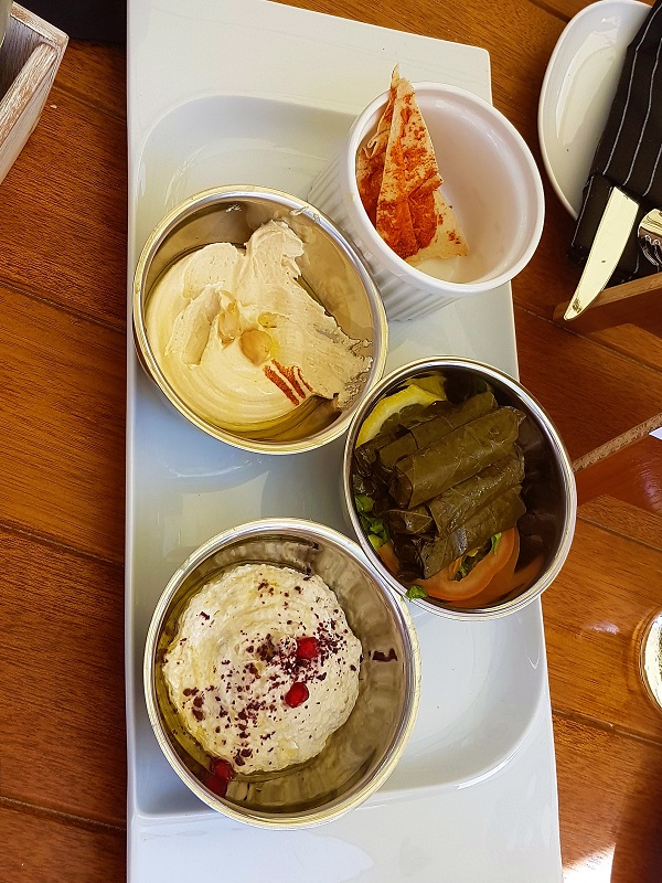 Café Artois - JW Marriott Marquis Dubai 13