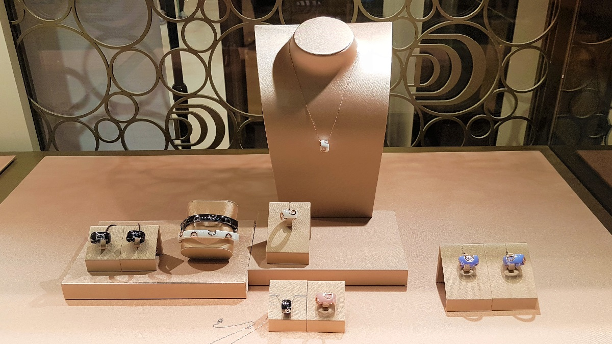 Damiani - Collections (05)
